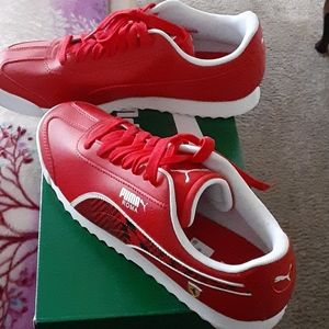 Puma Roma  Men's Tennis Shoes